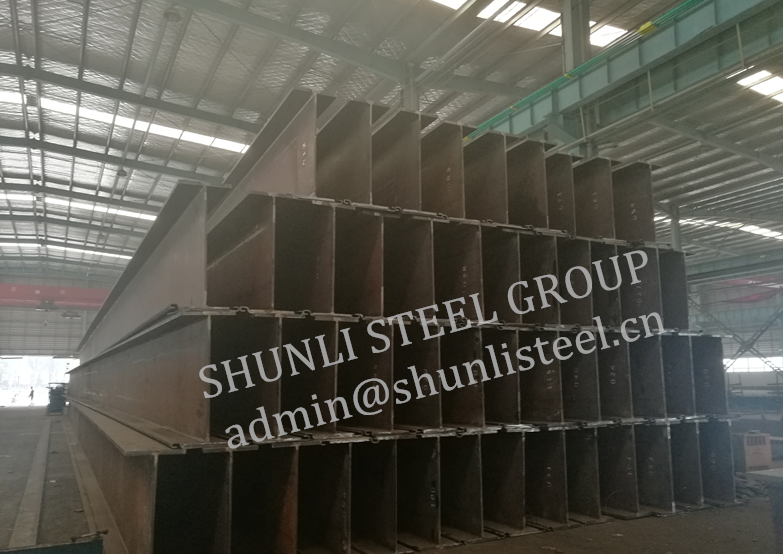 3200MT of HZ Sheet Piling Combi Wall Ready for Shipment